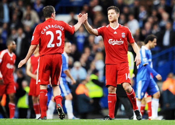 xabi-alonso-jamie-carragher-chelsea-liverpool_1400890