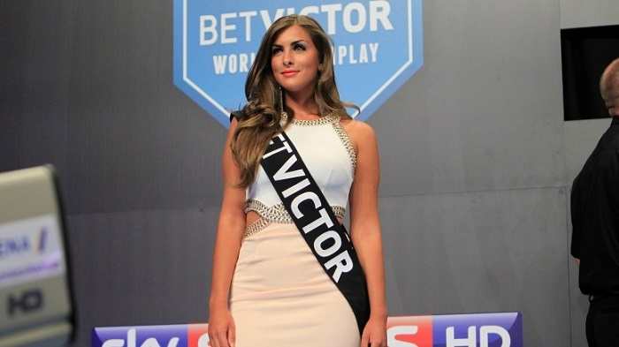 daniella-allfree-betvictor-world-matchplay-first-round-lawrence-lustig-pdc_15lroqyn1uk6x1i7972n6jwqfn
